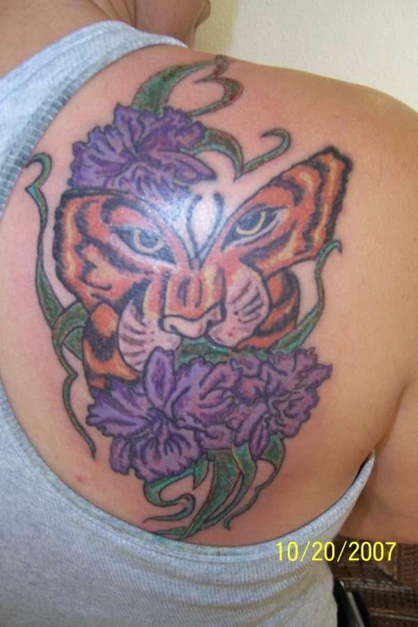 Purple Flowers Butterfly Tattoo On Right Back Shoulder