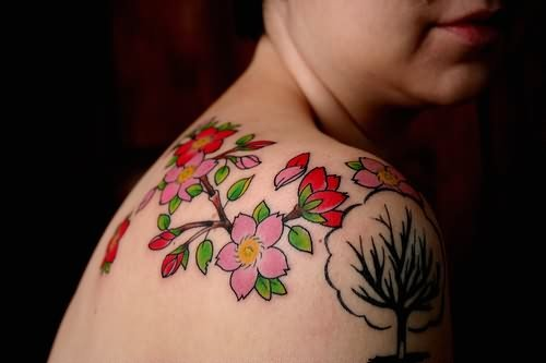 Beautiful Flowers Tattoos On Shoulder