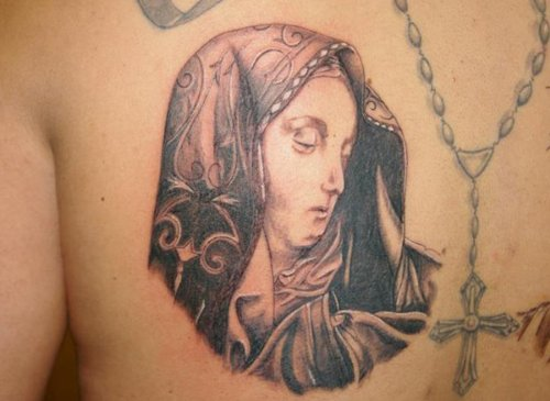 Rosary And Jesus Mother Tattoo On Back Shoulder